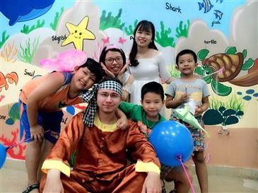 Vui tết Trung Thu cùng AMES Minh Khai